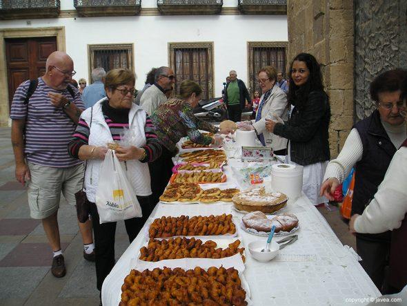 Domingo Pascua - Estand Càritas Xàbia