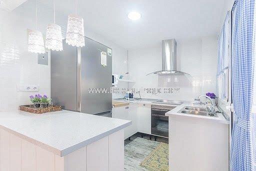 Inmobiliaria Belen Quiroga - Cocina del bungalow