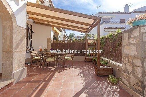 Inmobiliaria Belen Quiroga - Terraza del bungalow