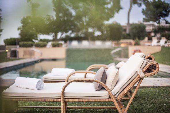 Jardín y terraza del Hotel El Rodat