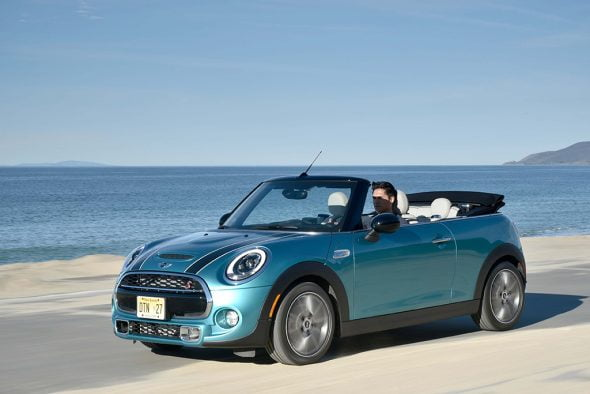 MINI Cabrio Azul en IT Market fersan