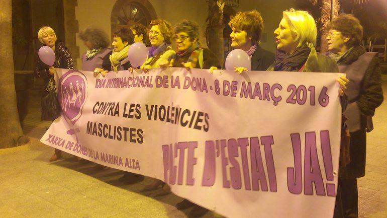 Pancarta de la Xarxa de Dones