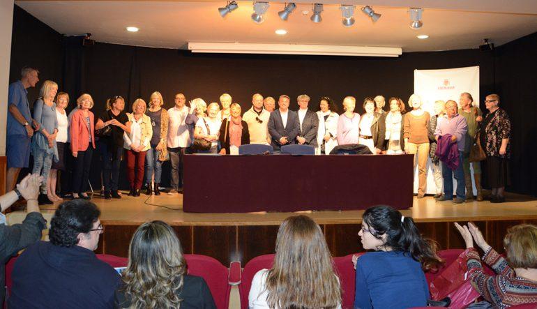 Acto de entrega de diplomas de los cursos de idiomas de Creama Xàbia