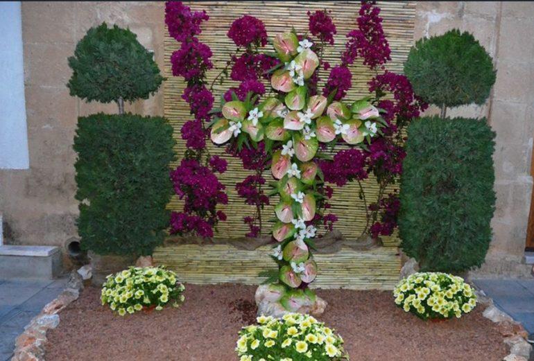 Cruz de flores en Xàbia