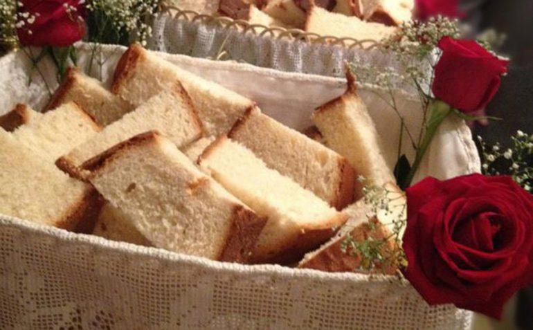 Pan bendecido en El Poble Nou de Benitatxell