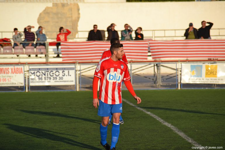 Pau Soliveres en un partido del CD Jávea
