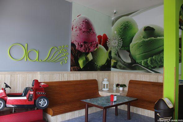 Bancos Heladería Cafetería Olas
