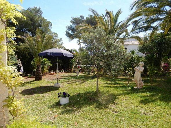 Jardin de la casa CHA0723 MarinaBay Homes