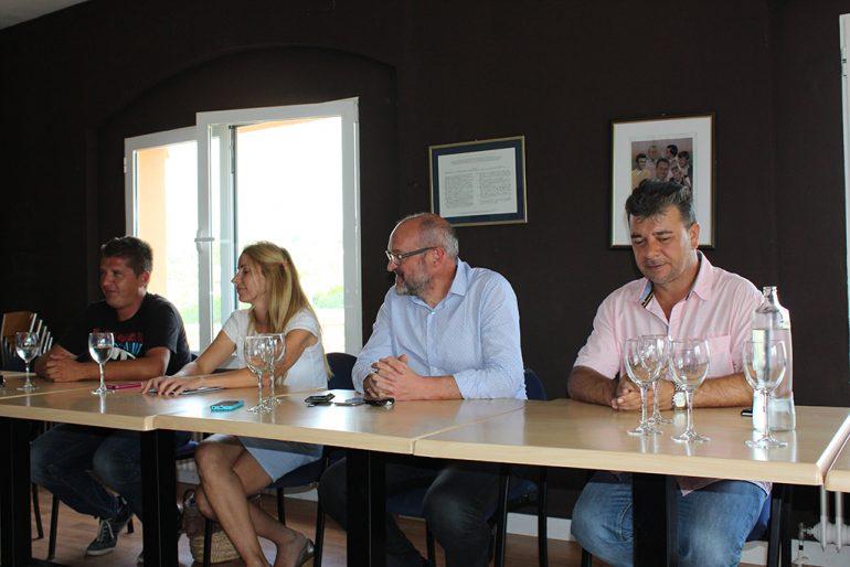 Josep Femenia junto a miembros de su equipo de gobierno