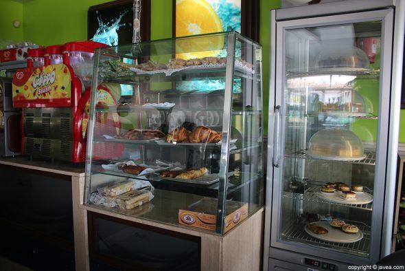 Pasteles Heladería Cafetería Olas