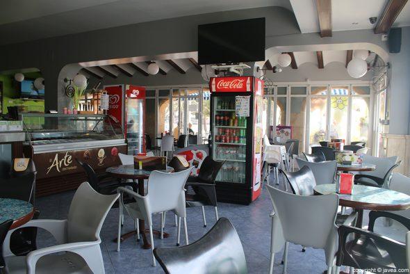 Sala Heladería Cafetería Olas