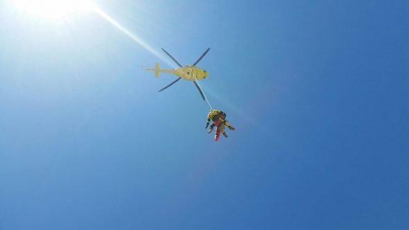 Traslado en helicóptero del herido