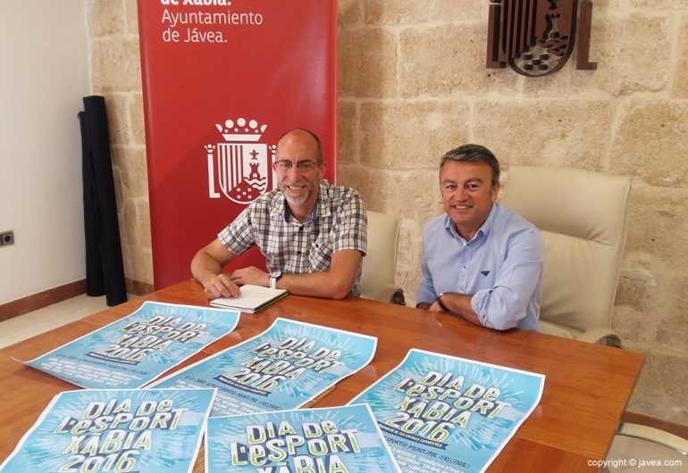 Chulvi y Colomer presentnado el Dia de l'Esport a Xàbia