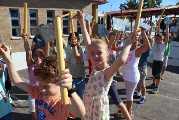Danzas populares en poble Nou