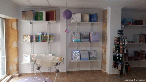 Exposición de productos en agulla i Fil