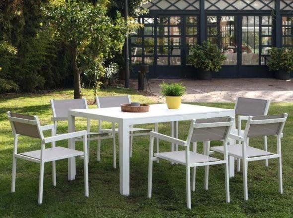 Mesa y sillas exterior Muebles Martinez