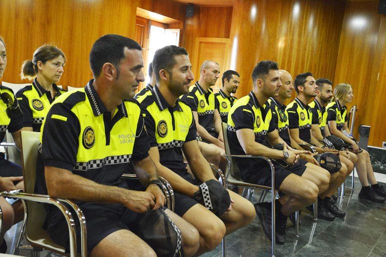 Agentes de refuerzo de la Policía Local de Xàbia