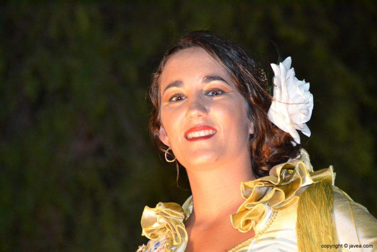 Carmen Torres abanderada Cristiana