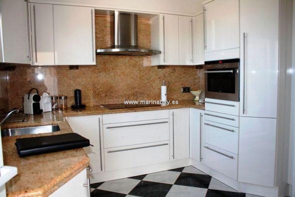 Cocina Marina Bay Homes