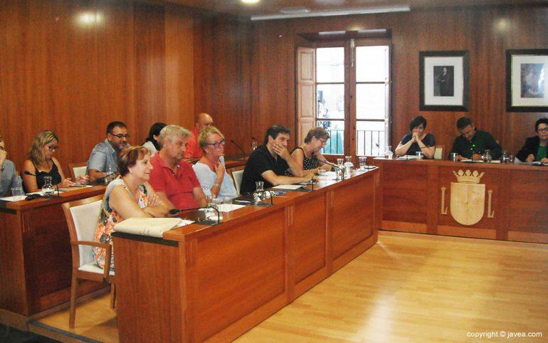Concejales durante el pleno de julio