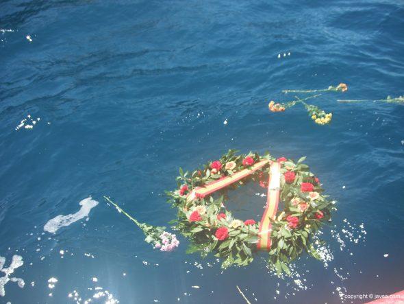 Corona de la ofrenda a los marineros fallecidos