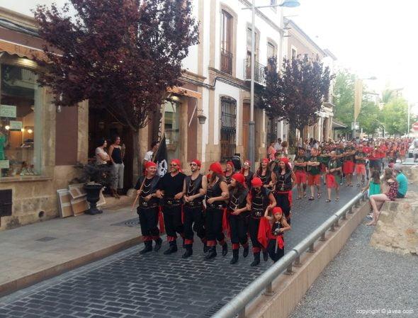 Desfile de la filà Pirates de Sant Jaume