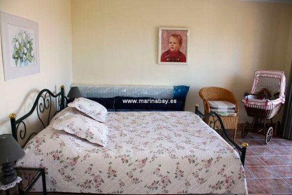 Dormitorio doble Marina  Bay Homes
