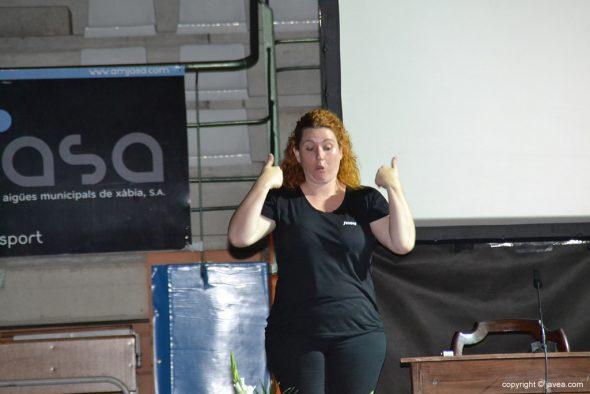 La interprete del lenguaje de los signos