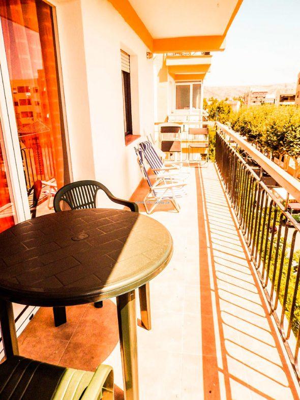 Terraza del apartamento Marinabay Homes