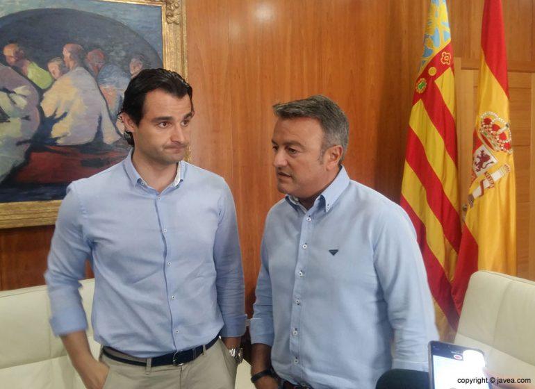 Dolón en su visita al ayuntamiento de Xàbia