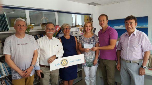 Donativo rotary escoleta estiu Xàbia