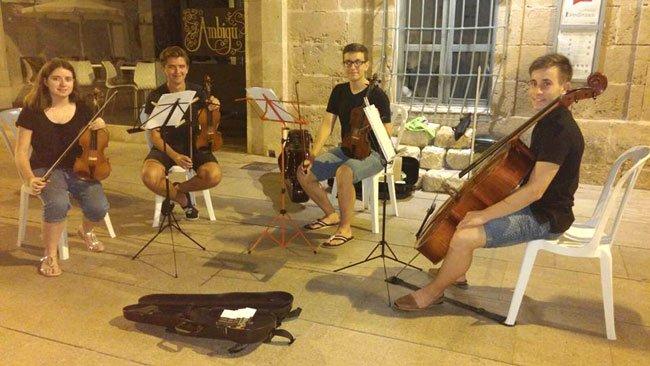 Grupo Quartet Ostinato en una actuación al aire libre