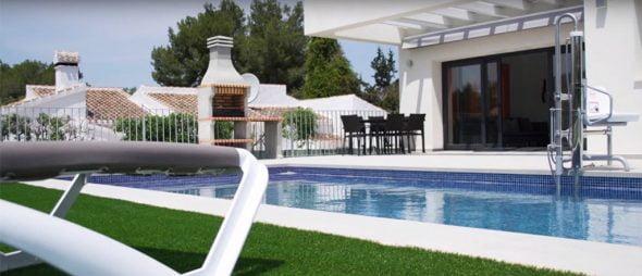 Jardín de la casa adaptada Javea Houses Inmobiliaria
