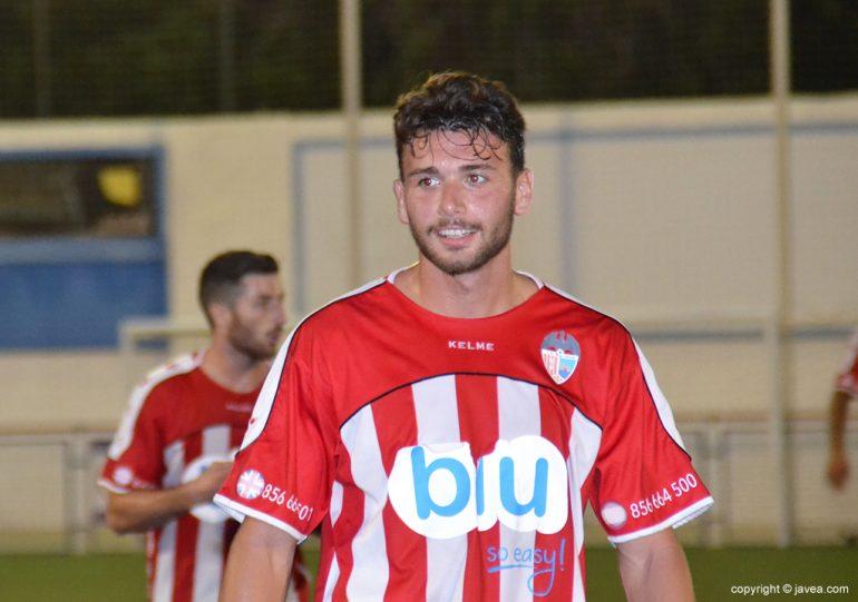 Michael Tomás jugador del CD Jávea