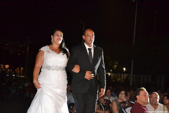 Sandra Vives y su pareja