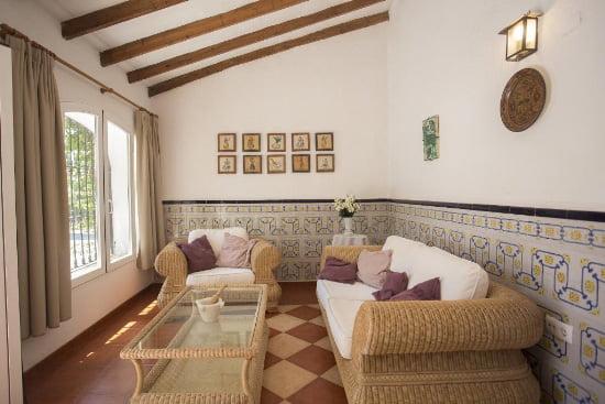 salón de la casa marques Aguila Rent a Villas