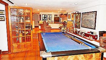 Salón de juegos de la casa del Puchol Marinabay Homes