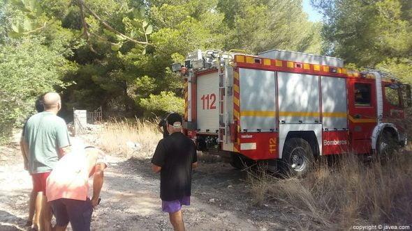 Vehículo de Bomberos en la zona del incendio