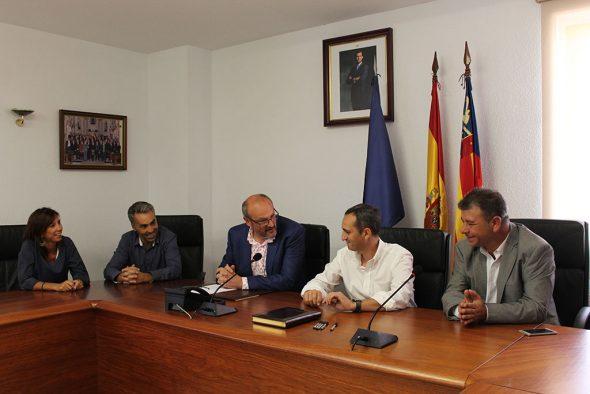 Cesar Sánchez se reune con el alcalde de Benitatxell