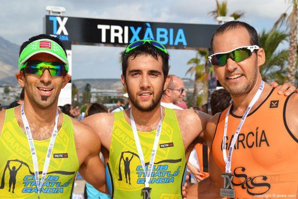Fuster junto a García y Muñoz el trío triunfador del triatlón Olímpico