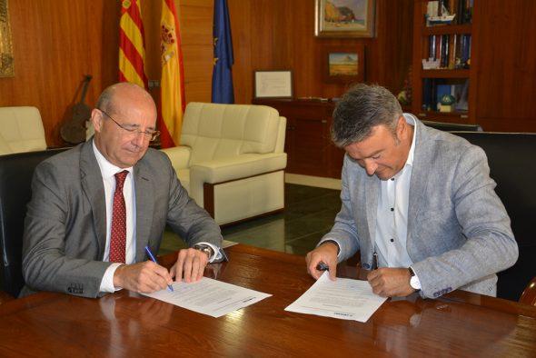El alcalde de Xàbia y el secretario