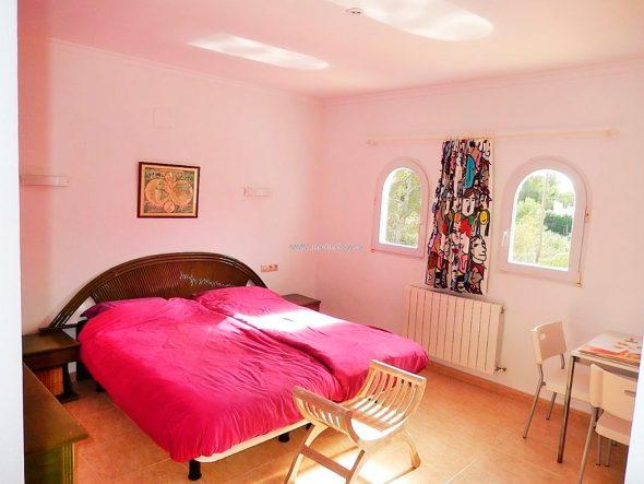 Cama matrimonio habitación ref. CHA0474 de MarinaBay Homes