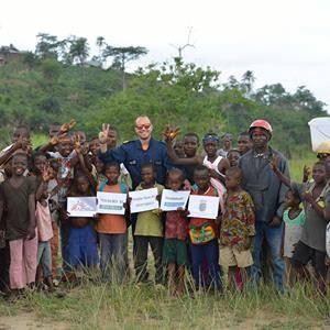 Concurs 'Poblers i pobleres pel món'