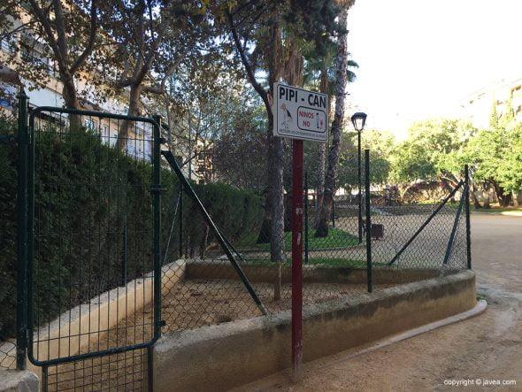 Pipi-can del parque Reina Sofía