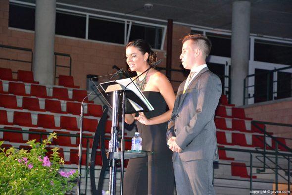 Los presentadores durante el acto