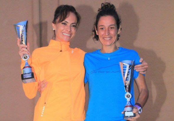 Raquel Martínez y Ana Alberola con sus trofeos