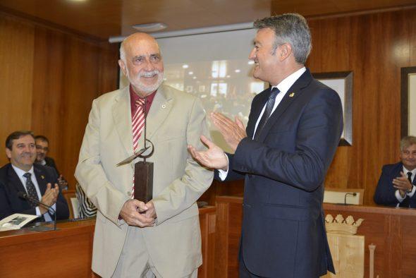 Francisco Pastor recoge el premio