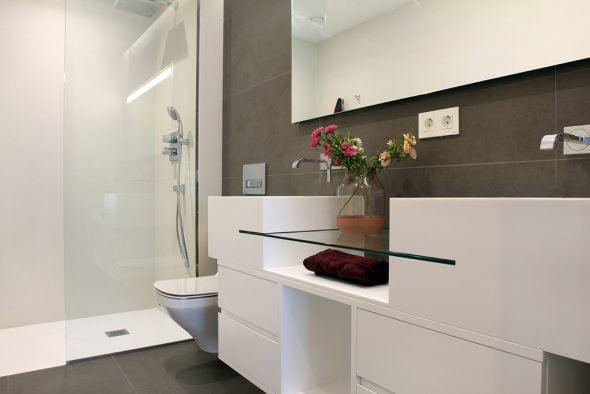 Uno de los baños de la casa Atina Inmobiliaria