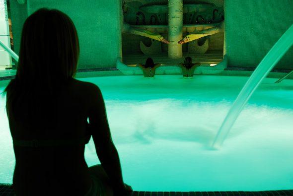 Spa piscina Hotel Daniya