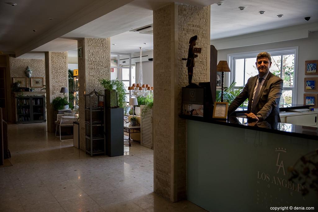 Recepción Hotel Los Ángeles